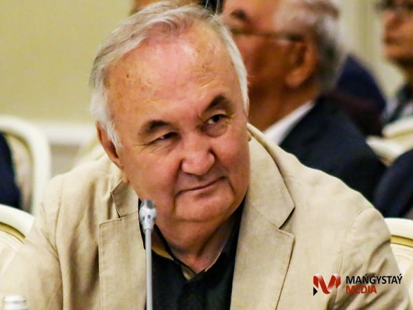 Есенғали Раушанов Маңғыстауға келгенде (ФОТО)